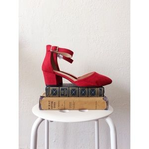 CHASE+CHLOE red faux suede ankle strap low heels